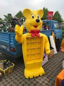 Stimme im Griff? Haribo Bär auf dem Teilemarkt.