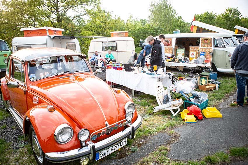 Käfer, T1 und Eriba Puck. Schönes Bild mit eigenem Teilemarkt