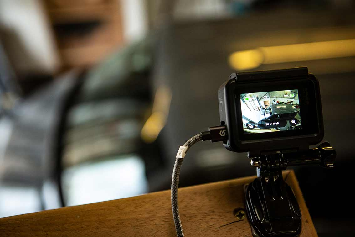 Die GoPro guckt zu und macht ein Video