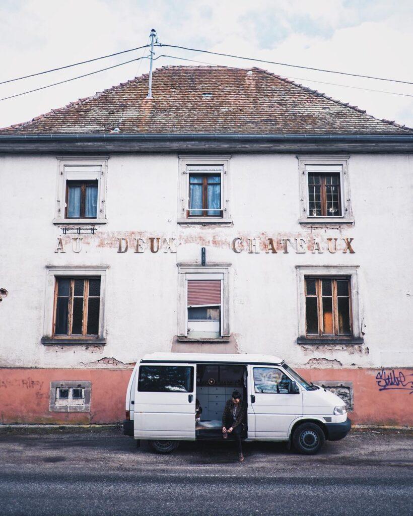 Zwei Schlösser in Frankreich. Rudi wurde gekauft. Foto:PinePins