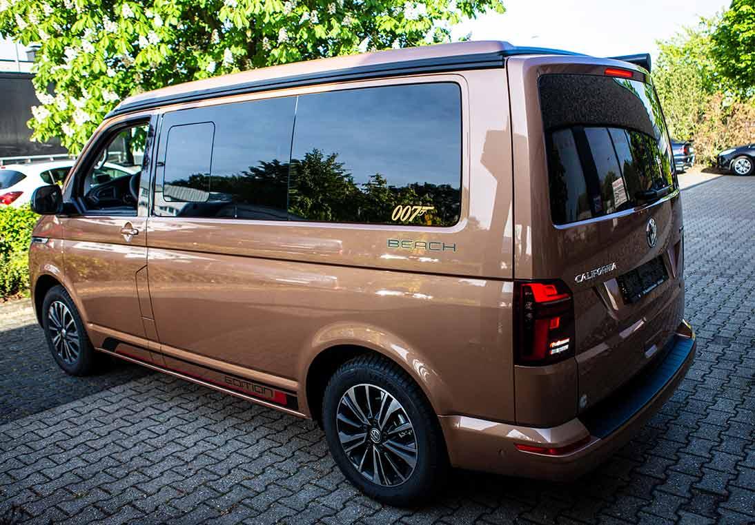 VW Bus T6.1 California Beach in der Sonderedition Goldfinger :)