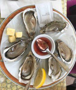 In Küstennähe gibt es preiswert frische Austern
