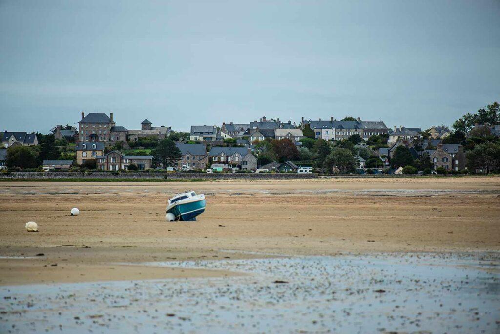Camping du Havre von der gegenüberliegenden Halbinsel aus gesehen.