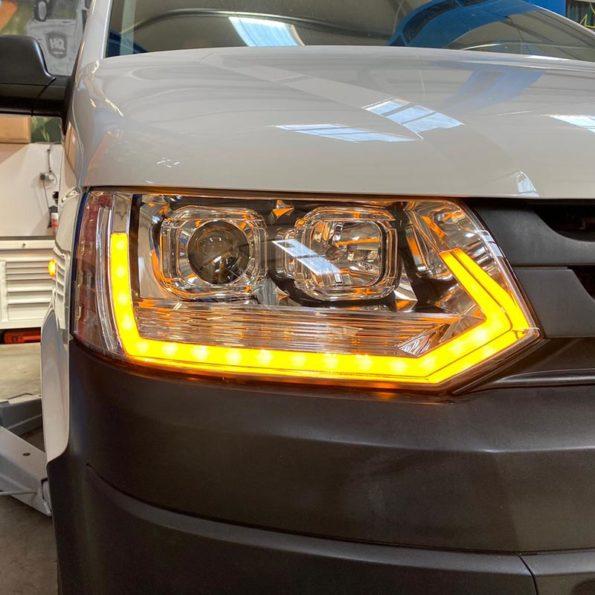 Dynamisches Blinklicht im VW Bus