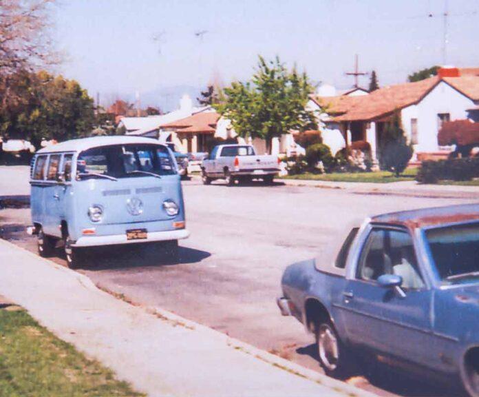 VW Bus T2 Double-Double in Kalifornien